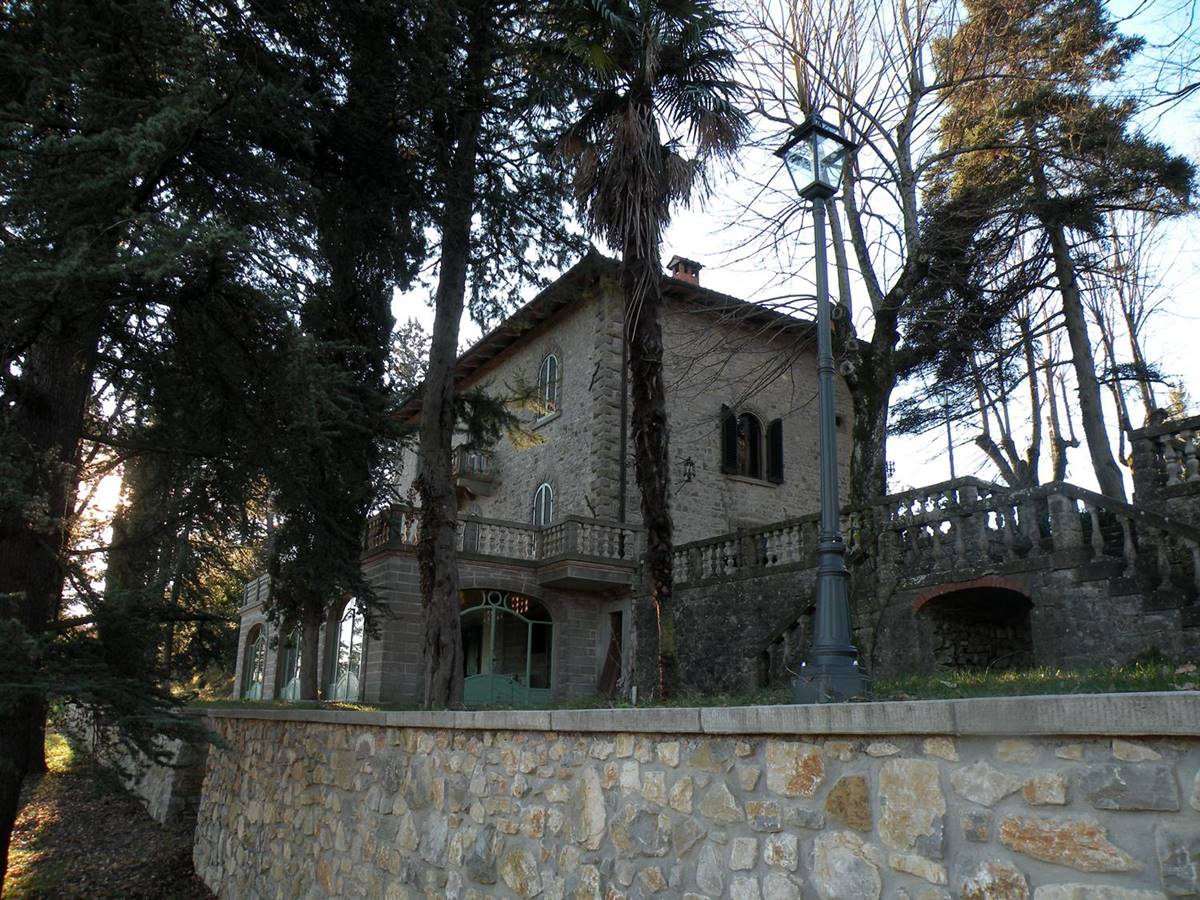 Il parco di villa mondello in italia villa mondello for Planimetrie della villa toscana