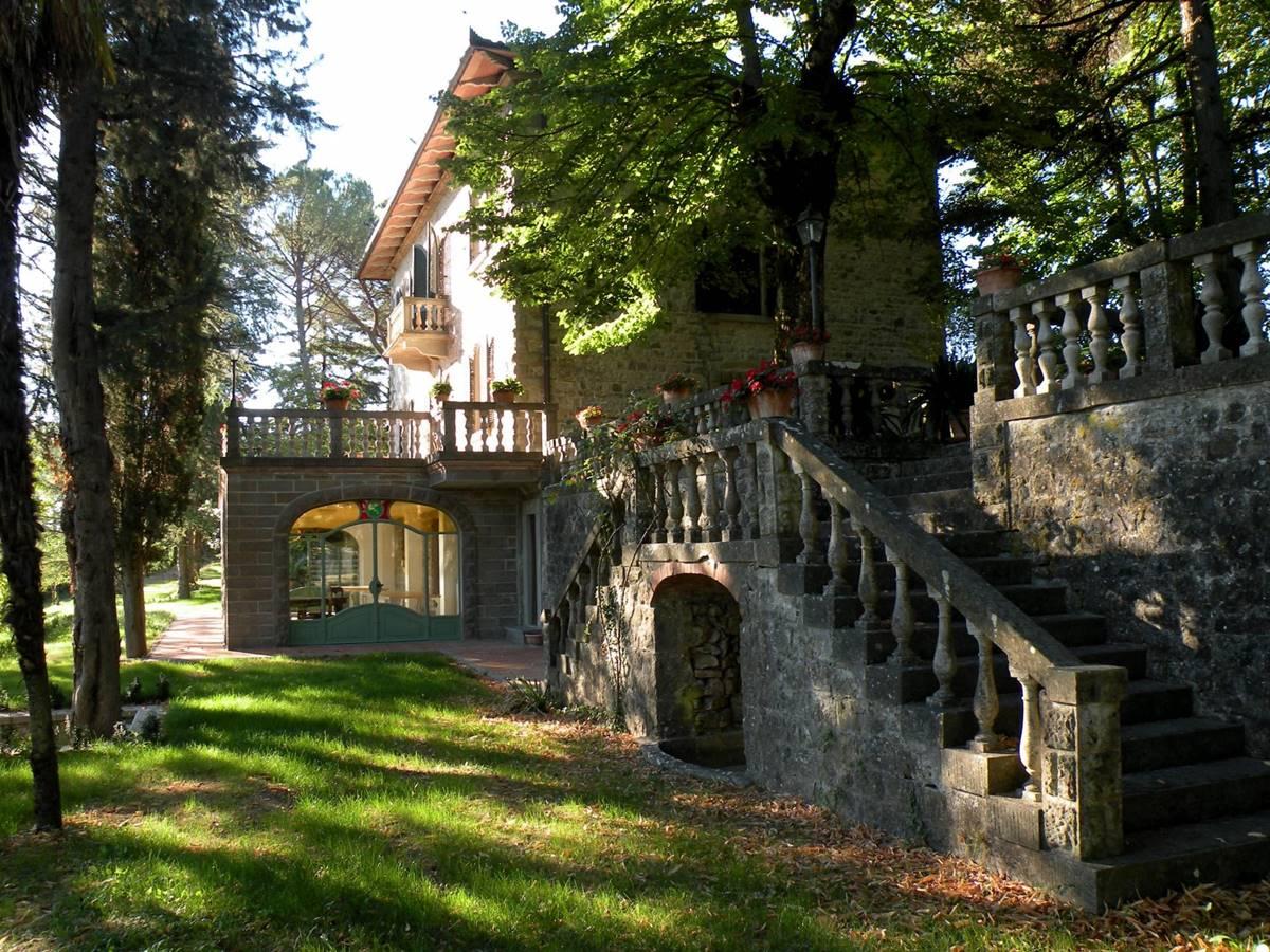 La storia di villa mondello in toscana villa mondello for Planimetrie della villa toscana